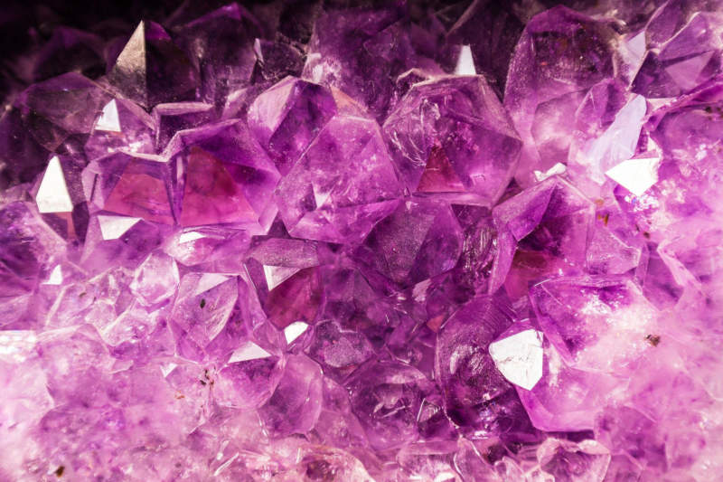 p1-800x533 Purple background images and textures you can use in your work